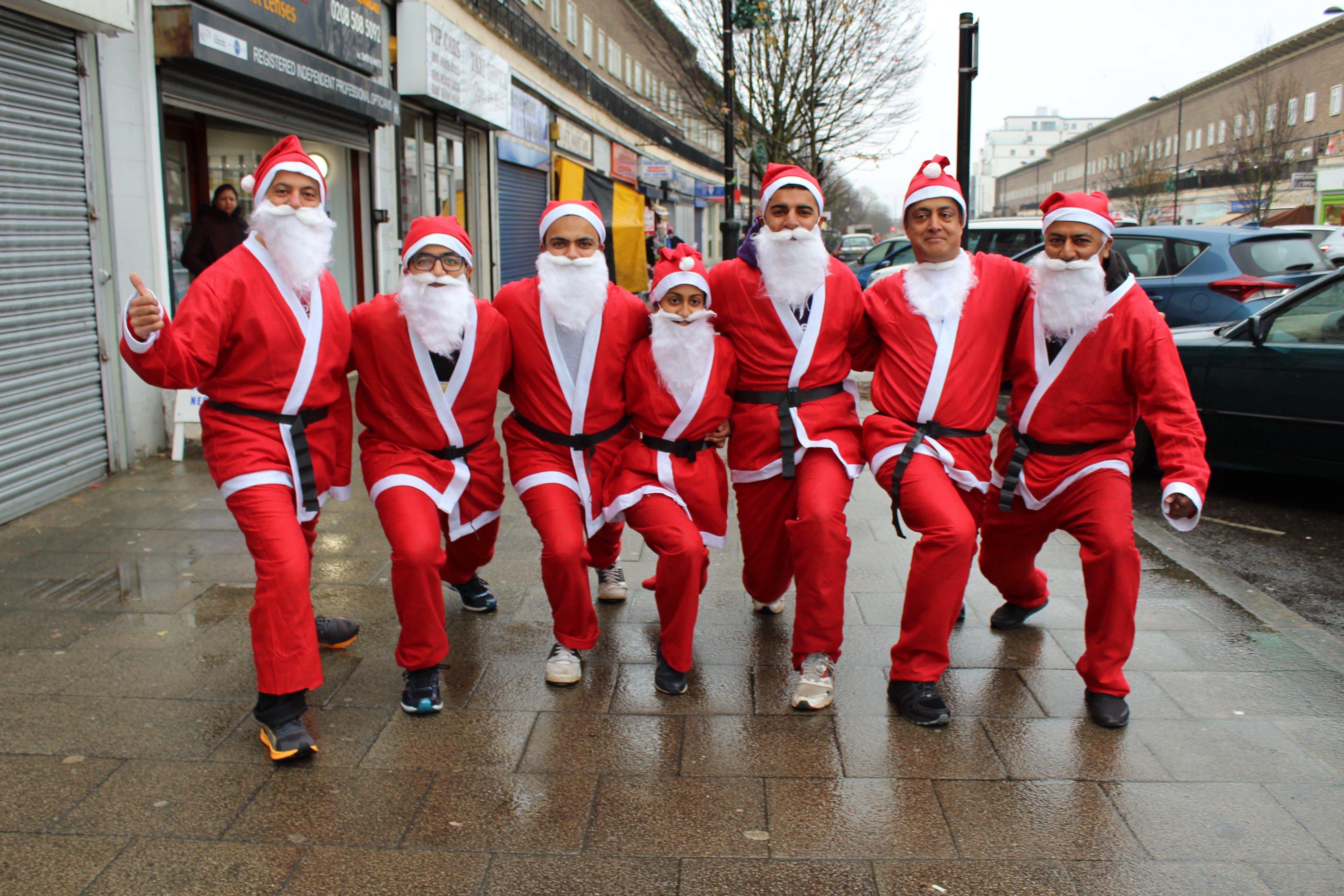 Santa Runner group